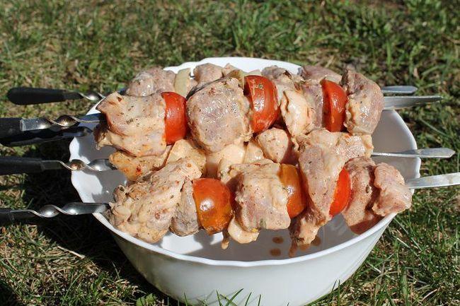 10 Кращих маринадів для шашлику зі свинини