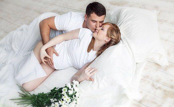 До якого терміну вагітності можна займатися любов`ю