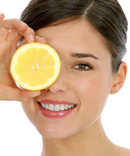 Як позбутися від пігментації на обличчі