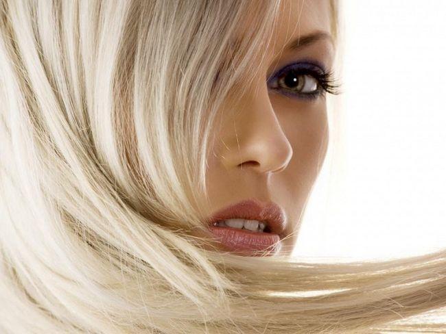 Як знебарвити волосся, не пошкодивши їх