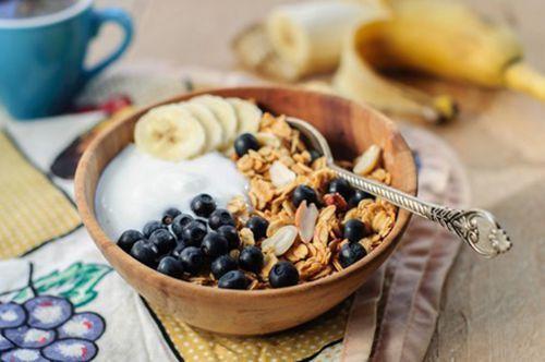 Як приготувати смачний дитячий сніданок без молока: варимо кашу