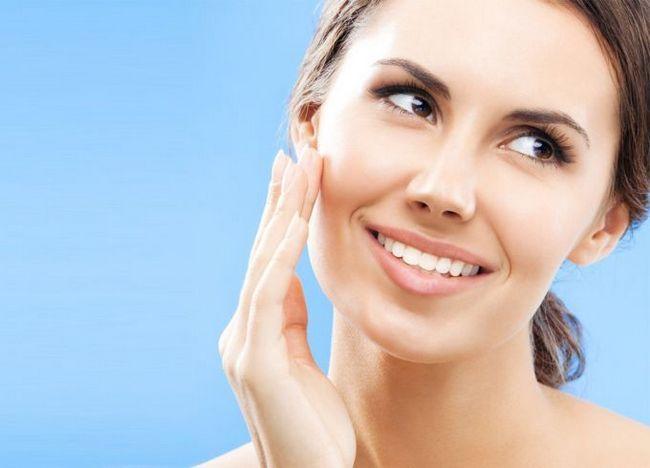Як зробити шкіру обличчя пружною в домашніх умовах