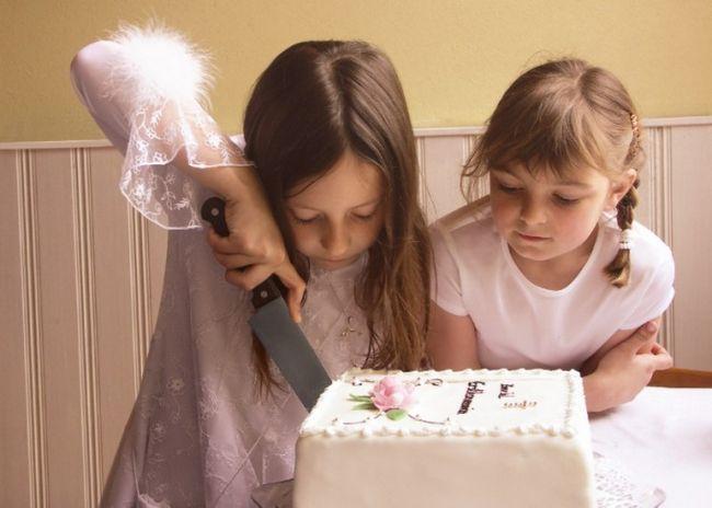 Як прикрасити торт до дня народження дитини