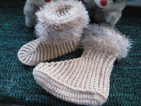 Як в`язати дитячі шкарпетки гачком