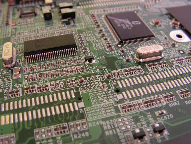 Як зайти в bios комп`ютера