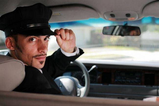 Які основні нормативні документи потрібно знати водієві