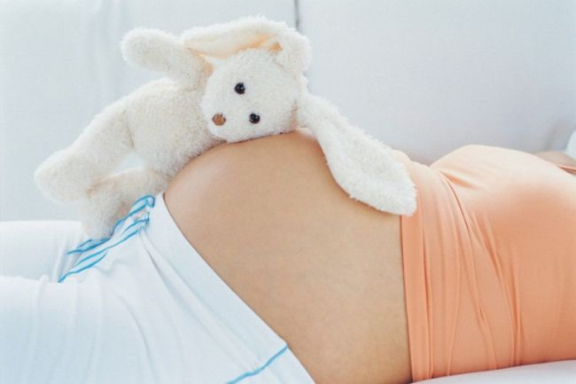 Чи можна при вагітності обливатися холодною водою