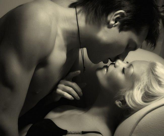 Чи можна займатися сексом під час місячних?
