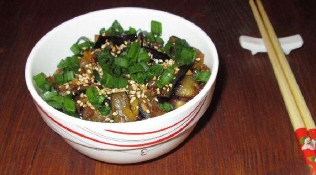 Гостро-солодкі баклажани по-китайськи