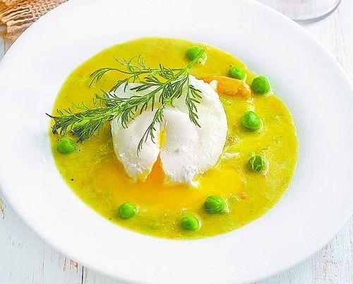 Щавлевий суп з яйцем-пашот