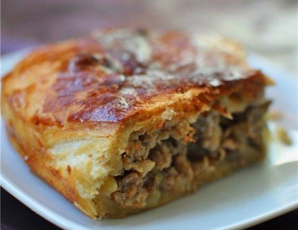 Як приготувати пиріг з яловичиною і баклажанами